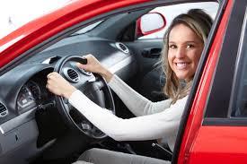 girl_in_car